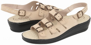 3fe411468e0c Style Description  Fly Flot Dale are lightweight sandals which are made in  Italy. These cute sandals have superb built quality which allows you to use  them ...